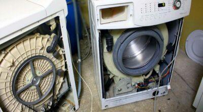 Почему стиральная машина не отжимает белье?